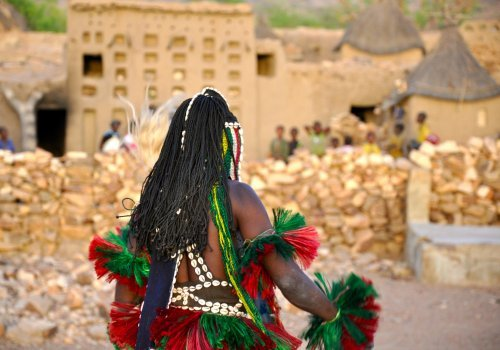 Mask dances in Dogon - Mali � ricolette raaijmakers